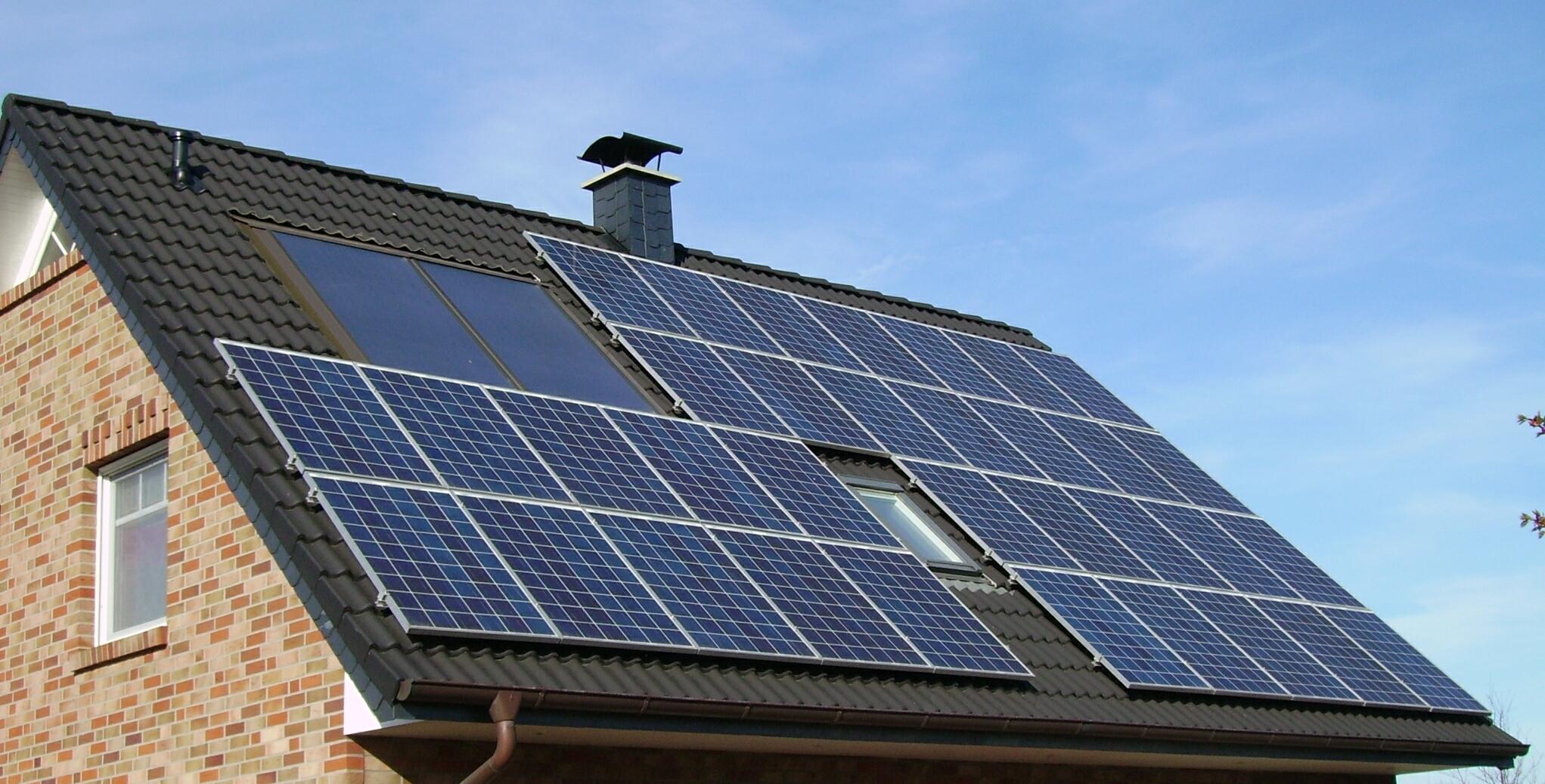 Солнечные панели и ИБП – незаменимые устройства для каждого дома