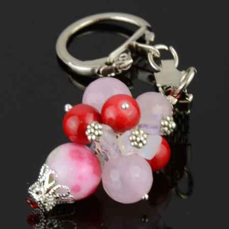 """Купить Брелок из розового кварца, прессованного коралла и лунного камня """"Розовые Зори"""""""
