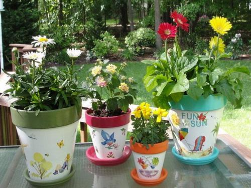 Как изготавливают горки и кашпо для цветов