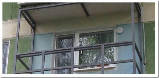 Для чего застекляют балкон?